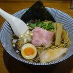 134509284 - 煮干し黒醤油¥750