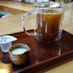 御福餅 本家 - アイスコーヒー(407円税込)も美味