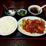 翔ちゃん - 唐揚げ定食(680円)