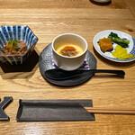 134528165 - 前菜 牛すじポン酢、茶碗蒸し、漬物