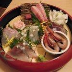 134528199 - 名物鮮魚のお造り6種盛り 2人前 1980円