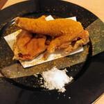 134528203 - 新潟ソウルフード 若鶏の半身揚げ(小サイズ) お店メニュー 900円