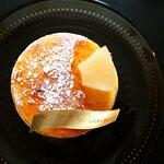 Patisserie Yu Sasage - 夏らしい柑橘の香りをまとうシブースト