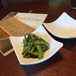 GORA BREWERY & GRILL - 薫製枝豆