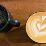 ネイバーフッドアンドコーヒー - カフェラテandアメリカーノ