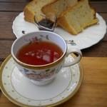 マミーフレーズ ブノワトンジャポン - 料理写真:ヴィンテージウバとシフォンケーキ