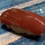 第三春美鮨 - シビマグロ 赤身 150g 腹上二番 赤身 延縄漁 青森県大間 熟成8日目