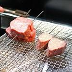 神戸牛炉釜炭焼ステーキ IDEA - サーロイン、ラムシン、シャトーブリアン