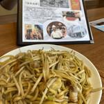 餃子菜館 勝ちゃん - 名物塩焼きそば