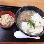 うちなあ家 - ゆし豆腐そば よもぎ麺