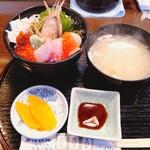 134568612 - 海鮮丼1680円