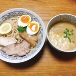麺堂イズム - 料理写真: