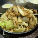 三珍 富士力食堂 - (2020/7月)鉄板ジュージュー焼き 肉ミックス