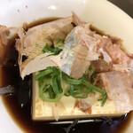 松葉総本店 - 冬は湯豆腐、夏は冷奴 出汁醤油が美味い