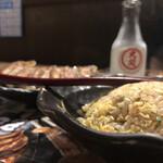げん家ラーメン - 半チャーと餃子、そして日本酒