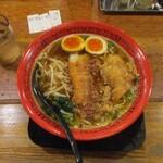万世橋酒場 - ボリュームパイコー麺