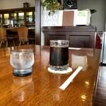 YELL - ドリンク写真:アイスコーヒー 400円