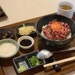 134608831 - とろろユッケ丼(肉増し1.5倍)¥1380(税別)