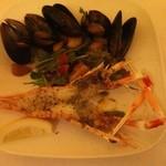 アレーナ・ロッサ - 前菜 ムール貝と手長海老の白ワイン蒸し