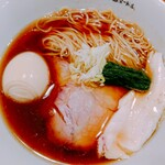 オカモト醤油ヌードル - 「オカモト醤油ヌードル(細麺)」の「味玉」のせ (880円 税込)