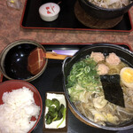 網 - 料理写真:ちゃんこラーメン定食、これに唐揚げが2個