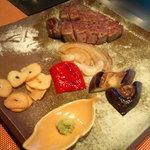 13462007 - ⑤焼野菜とステーキ