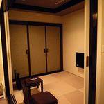 ホテル ラ・スイート神戸ハーバーランド - 押し入れの中にはお布団が