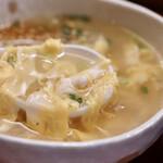 焼肉 御華 - 玉子スープ