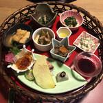 粟 - 料理写真:大和野菜の籠盛り