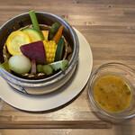 手しごと遊菜 922 - 料理写真:自家製のタレと野菜は仲良しこよし‼︎