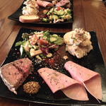 セコンダ バンビーナ - 土日祝Cランチ¥1580(税込) 前菜3種とサラダ