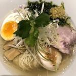 麺酒一照庵 - クラム。あっさり塩味のスープと数種類の貝のお出汁が良く合います。