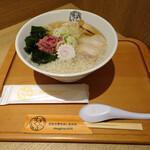 五福星 - 背脂梅生姜・わんたんトッピング880円(トッピングプラス150円)