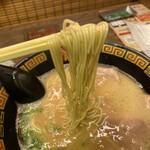 一蘭 - 麺リフトアップ