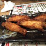 水炊き・焼鳥・鶏餃子 とりいちず - 伝説の手羽唐チキンボーン59円×4本