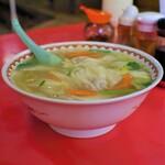 竜丹 - 料理写真:ワンタンメン