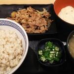 Yoshinoya - 牛皿麦とろ御膳