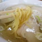 福々亭 - 麺アップ