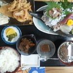 13467842 - 組合長魚々味定食(これに、伊勢えび、サザエ、大浅利の焼物、メバルの煮つけがつきました)