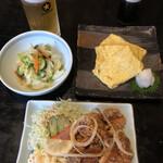そば辰 - 料理写真:唐揚げ(ハーフ)&だし巻き卵&新漬け