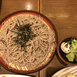 植田 - ざる蕎麦は乾麺?ウズラ卵が関西風です