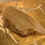 第三春美鮨 - 障泥烏賊 1.4kg 釣 浜〆 鹿児島県出水