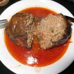 ミスターイスタンブール - 茄子のひき肉詰めを半分に切ったところ。お肉たくさんです。