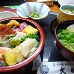 13469198 - 海鮮寿司のランチ