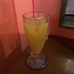 シンセツ - オレンジジュース 660円