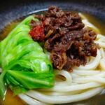 道の駅富士吉田 物産館 - 麺ズ富士山の麺で肉並作ったよー