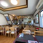タイ料理ぺっぽい - 店舗内部