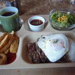 バーズイン カフェ - ランチ:ビーフステーキライス+ホットコーヒー