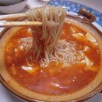小楼嬉 - マーボ豆腐麺(麺が出た)