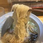 ら~めん ひの木 - 細麺